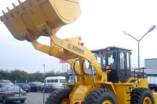 Грузоподъемные строительные машины: фронтальный погрузчик XGMA XG 955
